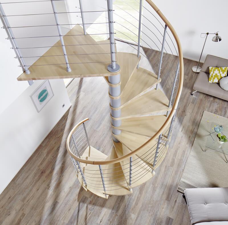 Brillux Designboden Holz Treppe