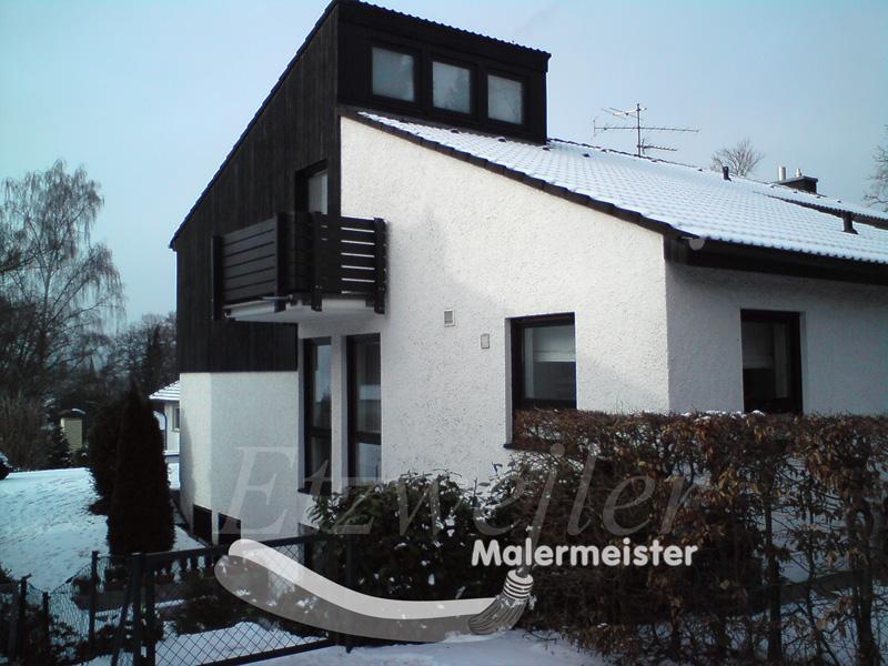 Fassadendämmung und Oberputz, nach der Entfernung der vorhandenen Holzverkleidung
