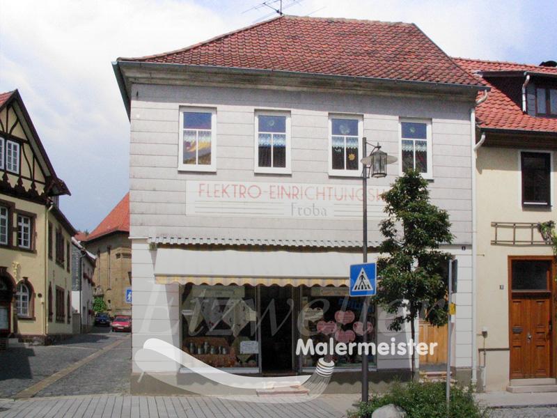 Fassadenanstrich mit Beschriftung | Maler Etzweiler