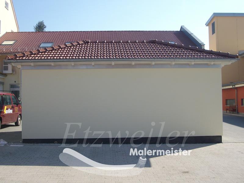 Vorher - Fassadenbeschriftung - Maler Etzweiler
